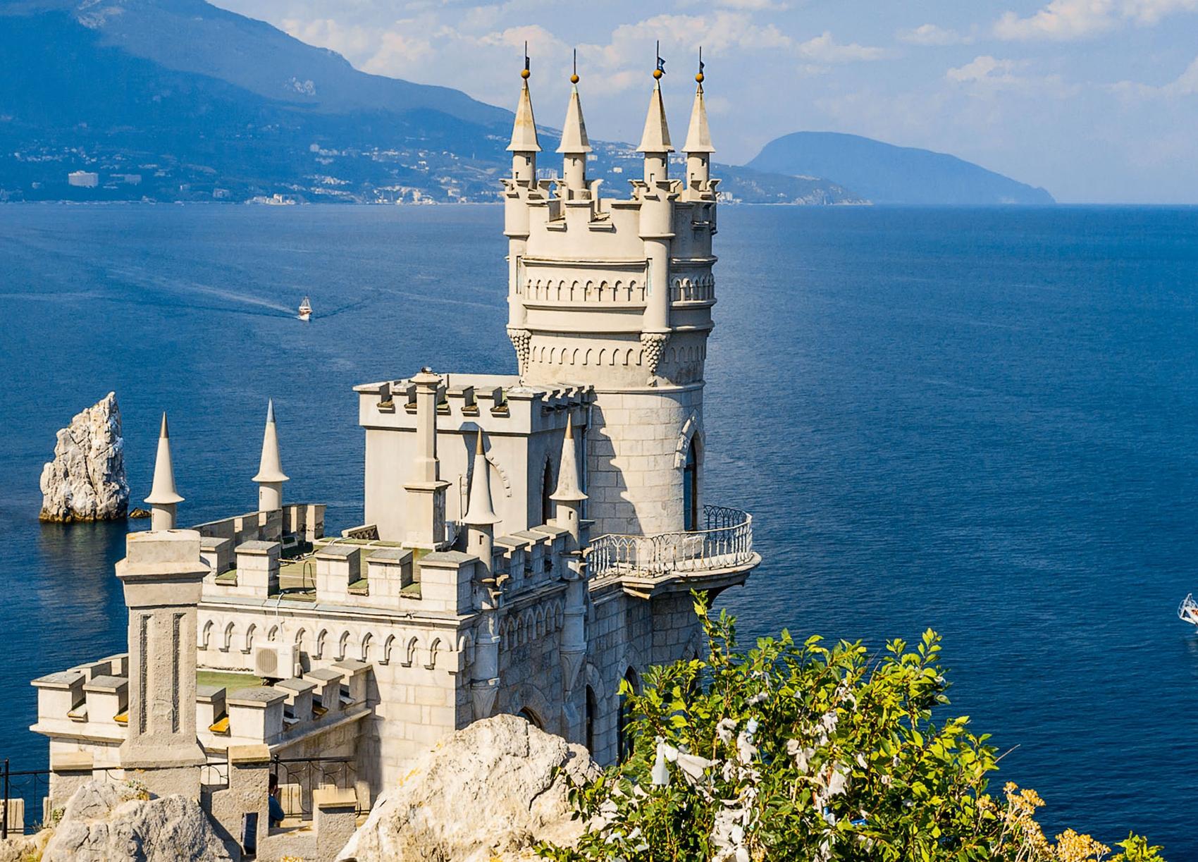 Дворцы Южного берега Крыма: что посетить самостоятельно, куда поехать с экскурсией